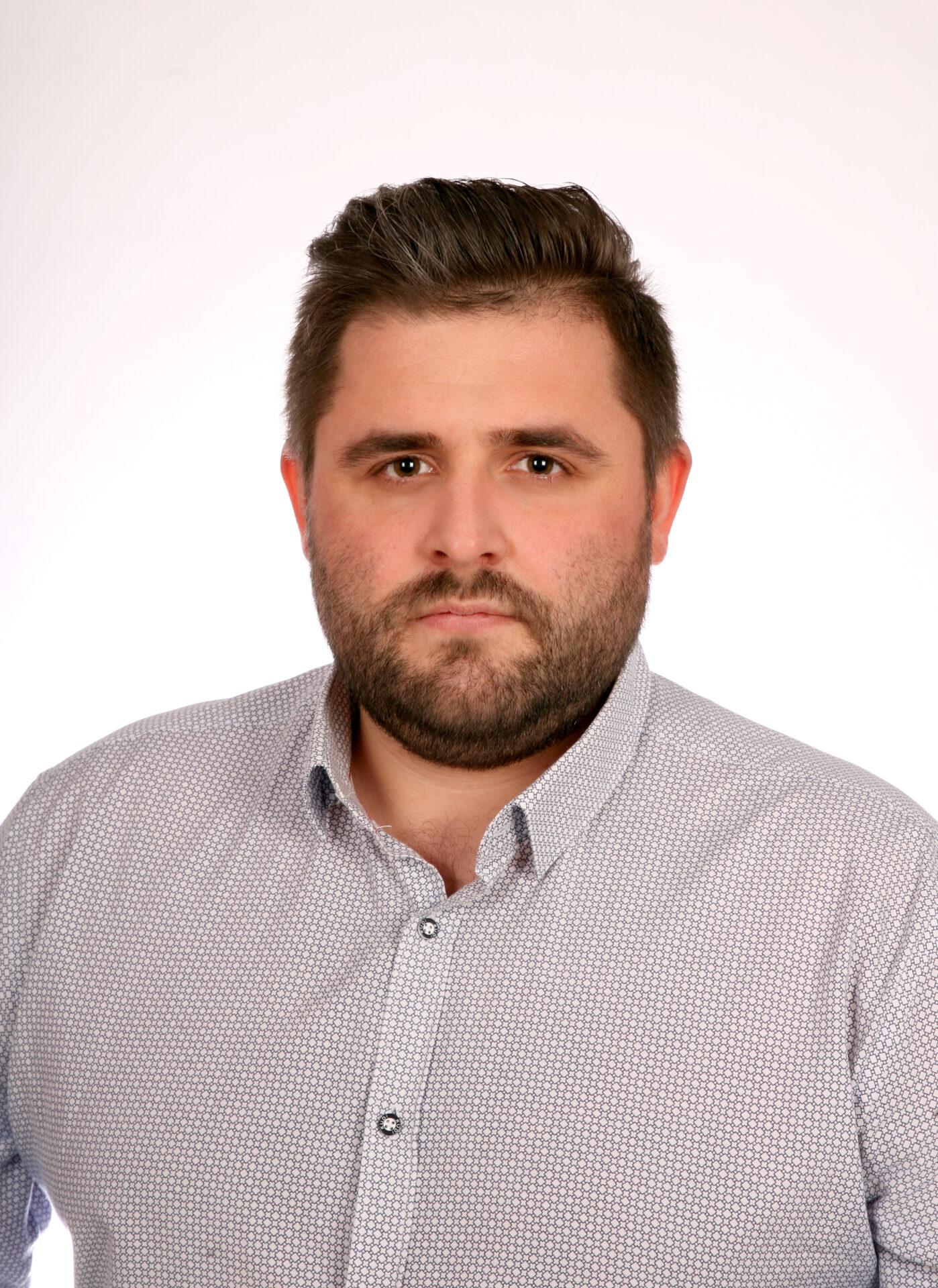 Adam Przewoźnik<br /><p>Handlowiec (Trader)</p>